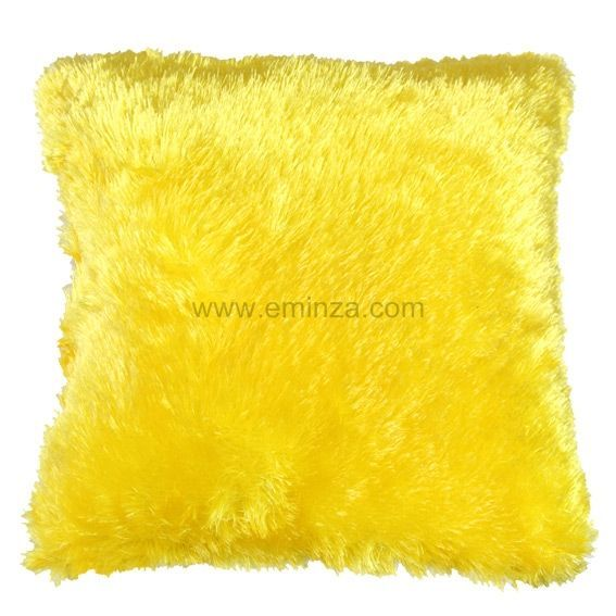 coussin douceur peluche jaune coussin et housse de. Black Bedroom Furniture Sets. Home Design Ideas