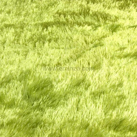 tapis peau de b te peluche vert anis tapis de chambre salon eminza. Black Bedroom Furniture Sets. Home Design Ideas