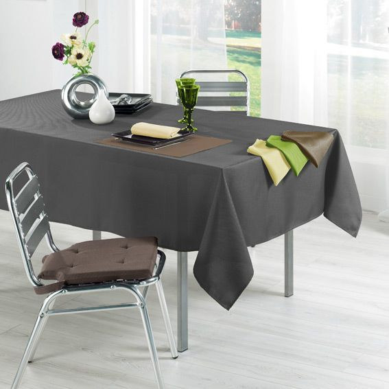 Nappe rectangulaire trendy anthracite anti tache nappe for Nappe de table rectangulaire