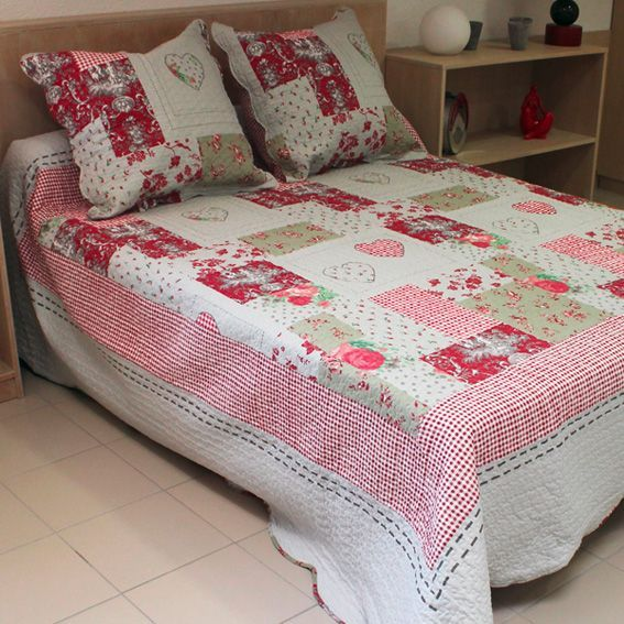 boutis et taies d oreiller l250 cm sorgues rouge couvre lit boutis eminza. Black Bedroom Furniture Sets. Home Design Ideas