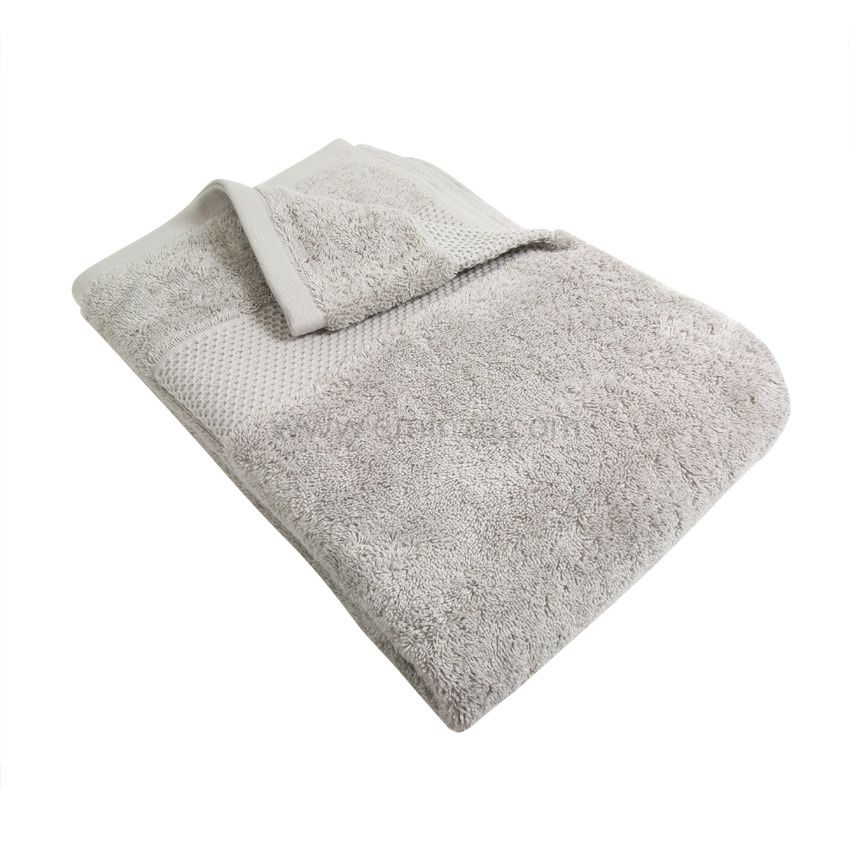serviette de bain 100 x 150 cm vitabio gris clair serviette de bain eminza. Black Bedroom Furniture Sets. Home Design Ideas