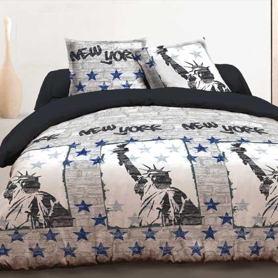 housse de couette et deux taies 240 cm new york bleu. Black Bedroom Furniture Sets. Home Design Ideas