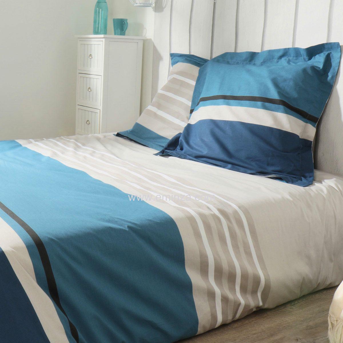 housse de couette et deux taies 200 cm deauville bleu housse de couette eminza. Black Bedroom Furniture Sets. Home Design Ideas