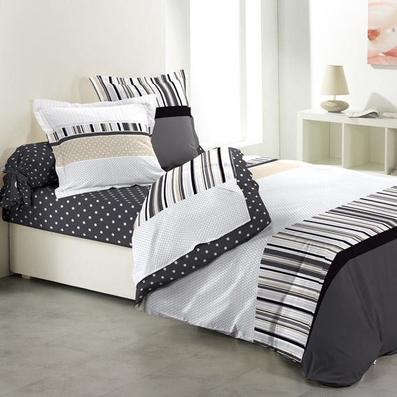 parure de draps 5 pi ces charmant parure de draps eminza. Black Bedroom Furniture Sets. Home Design Ideas