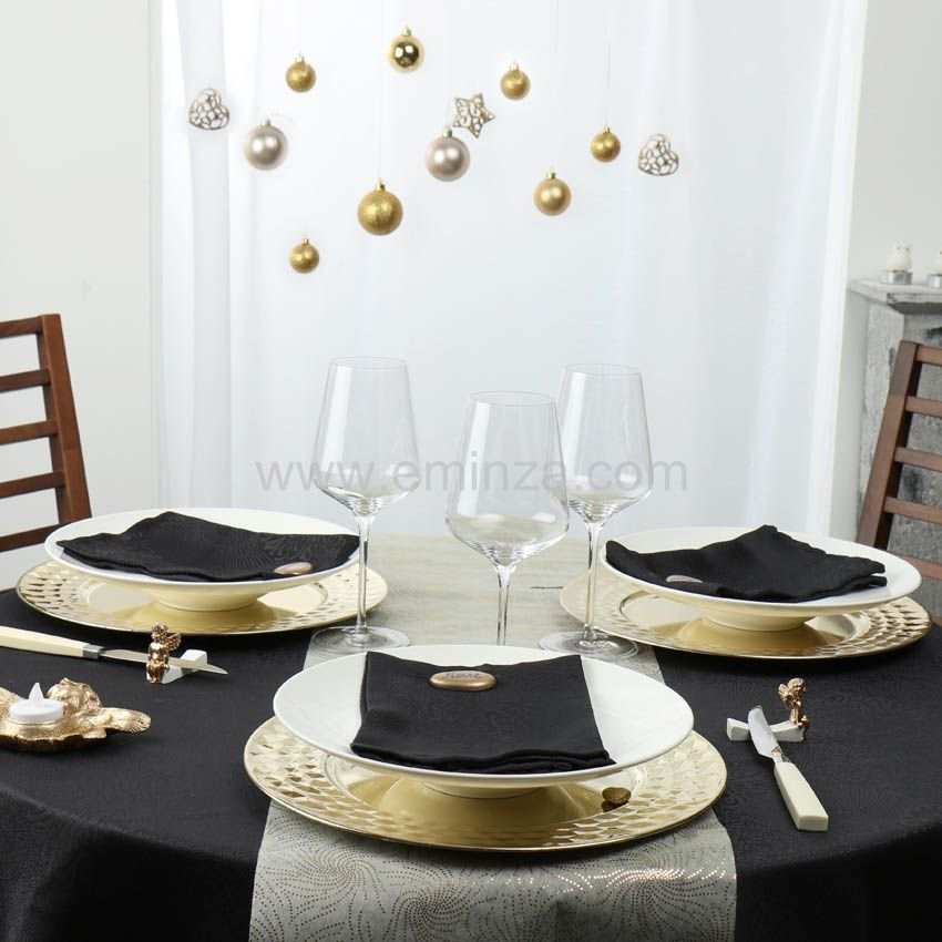 Chemin de table intiss crans montana or linge de table eminza for Chemin de table or
