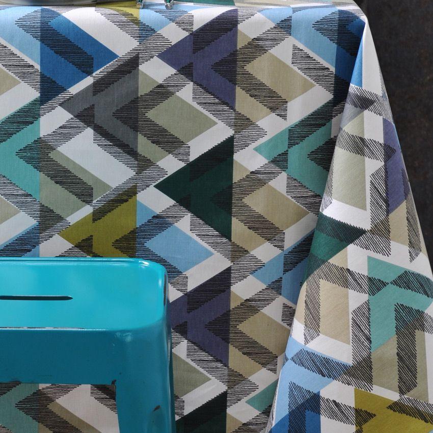 nappe rectangulaire l250 cm imprim e scandinave bleu nappe de table eminza. Black Bedroom Furniture Sets. Home Design Ideas