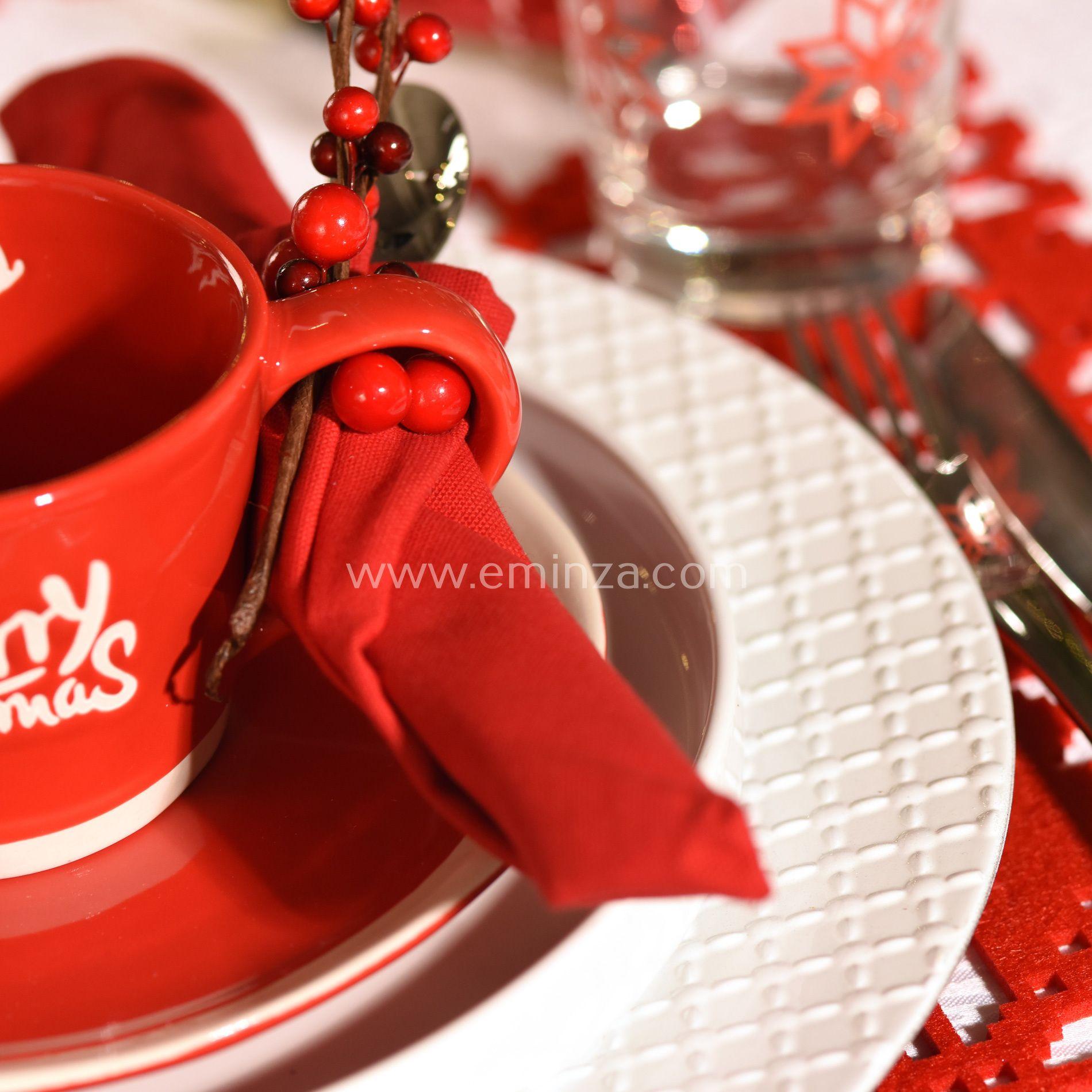 lot de 12 dessous d 39 assiette relief blanc d coration pour la table eminza. Black Bedroom Furniture Sets. Home Design Ideas