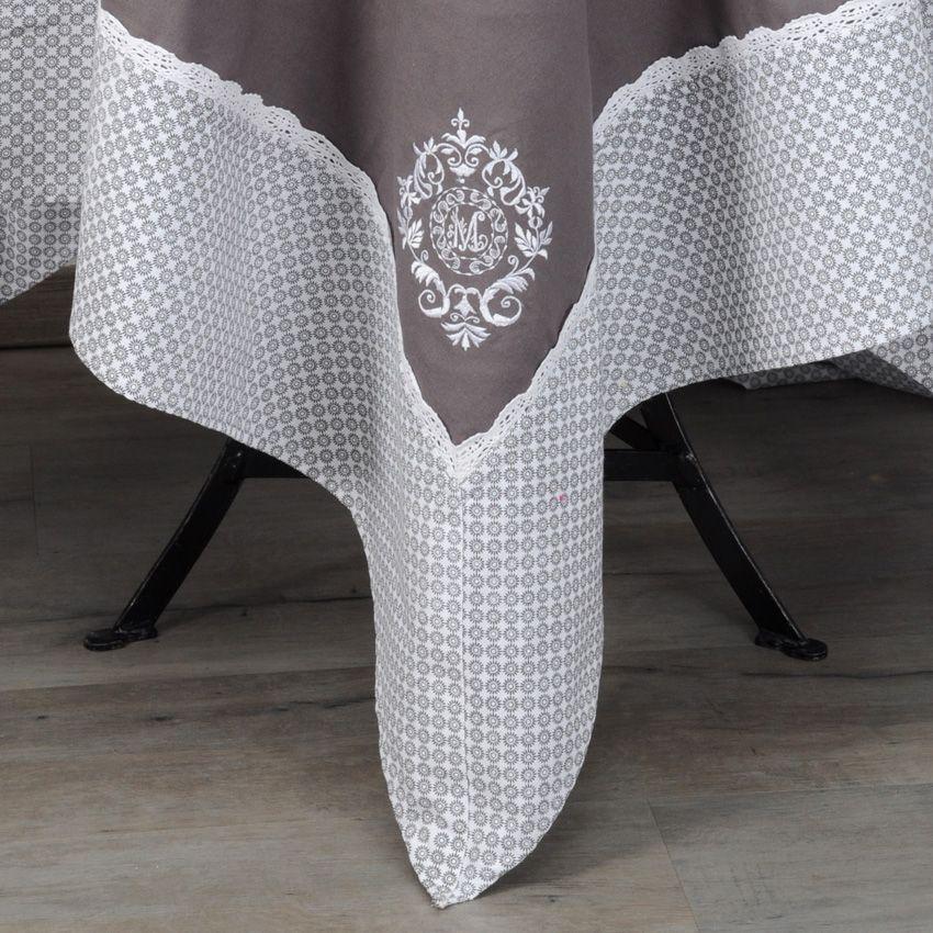Nappe rectangulaire l250 cm meline nappe de table eminza for Nappe de table rectangulaire