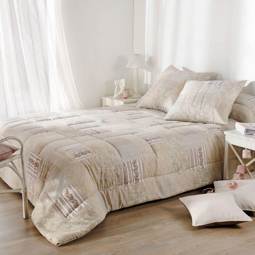 boutis beige et taupe maison design. Black Bedroom Furniture Sets. Home Design Ideas