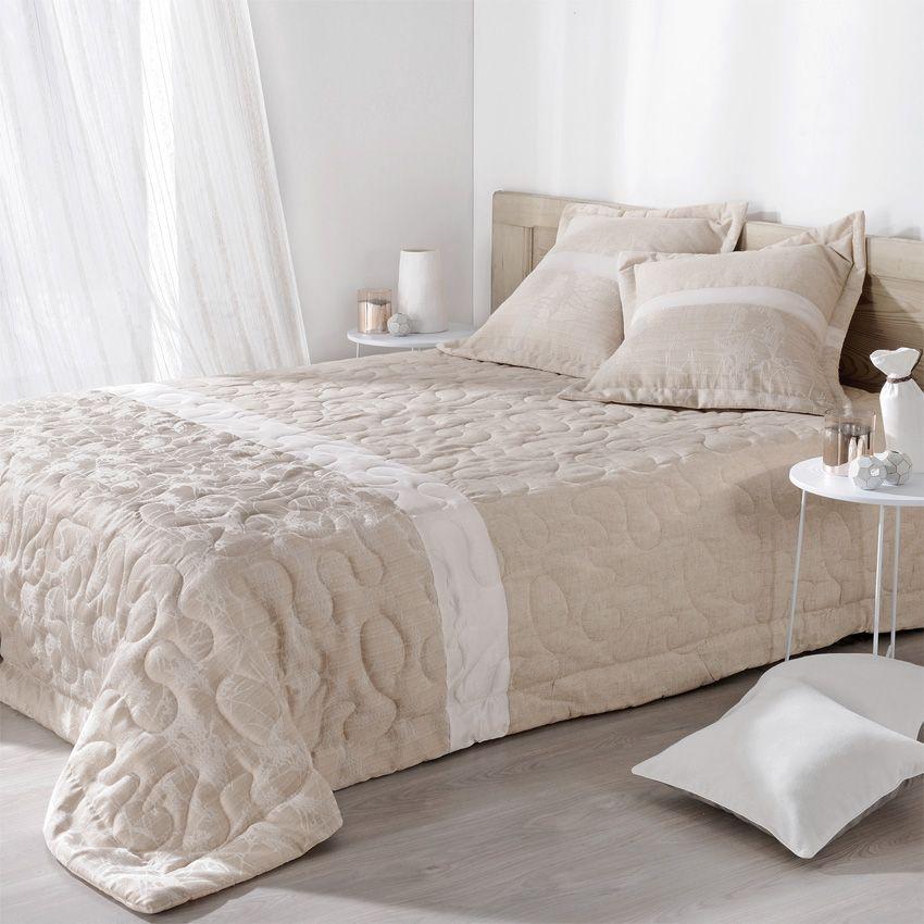 boutis et taies d 39 oreiller 230 x 250 cm capri ecru couvre lit boutis eminza. Black Bedroom Furniture Sets. Home Design Ideas