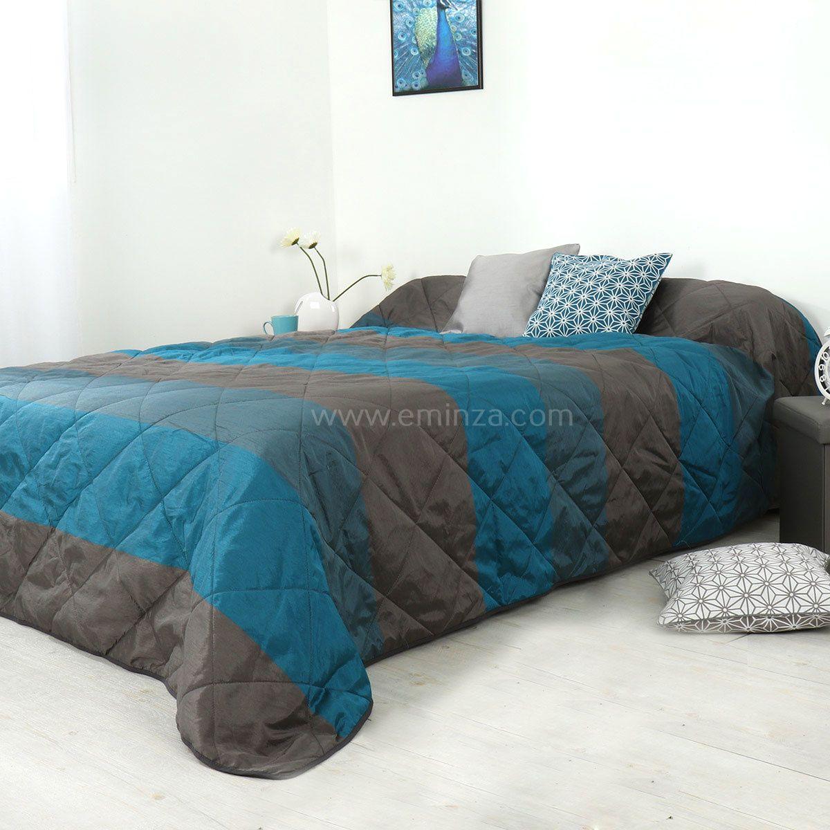 Couvre lit 250 x 260 cm bergame bleu canard couvre lit for Maison de valerie lit