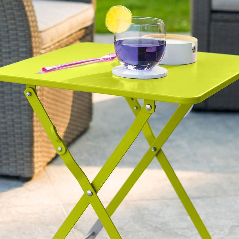 Table d 39 appoint pliante nindiri vert anis meuble d for Petite table de jardin vert anis
