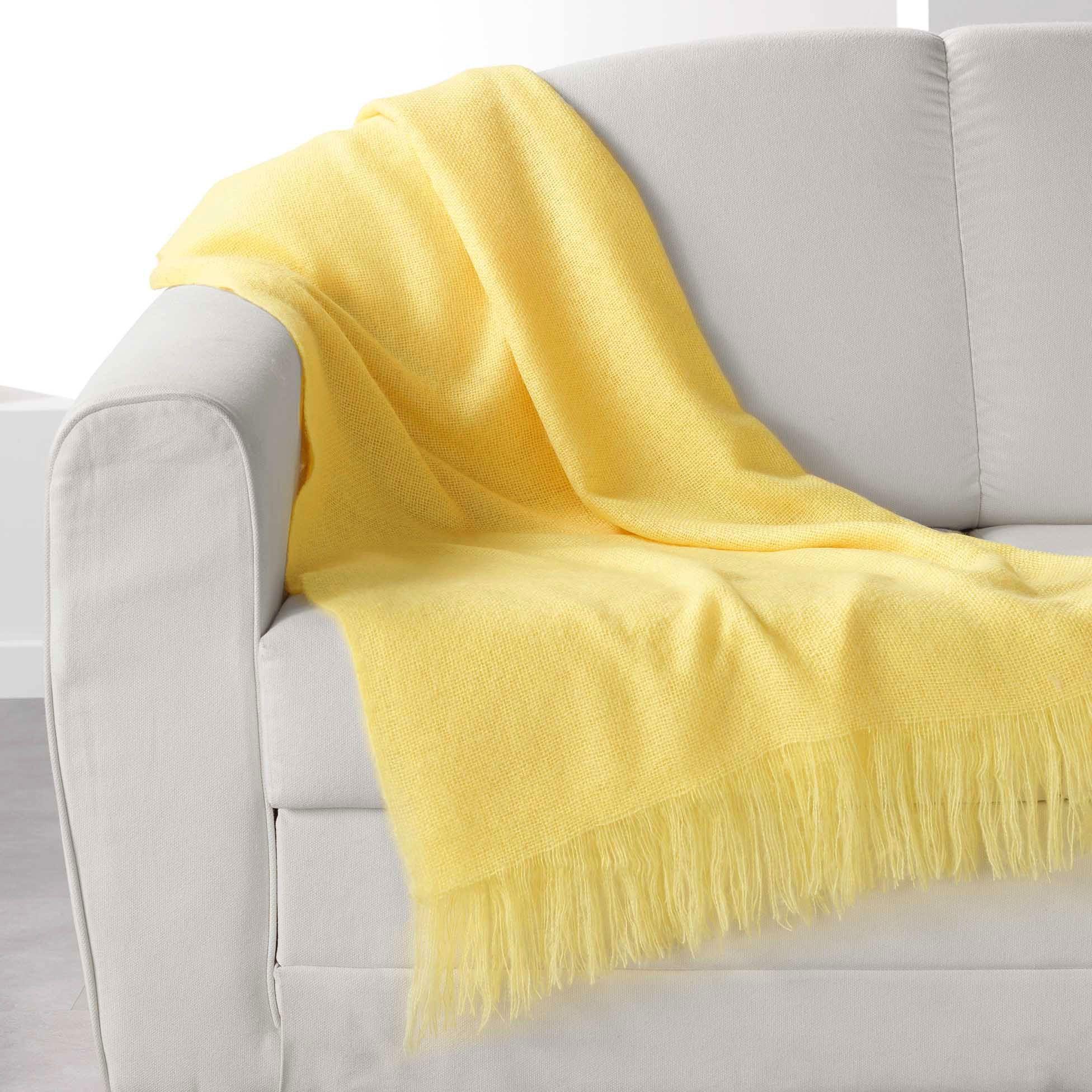 plaid doux 150 cm shelly jaune plaid cocooning eminza. Black Bedroom Furniture Sets. Home Design Ideas