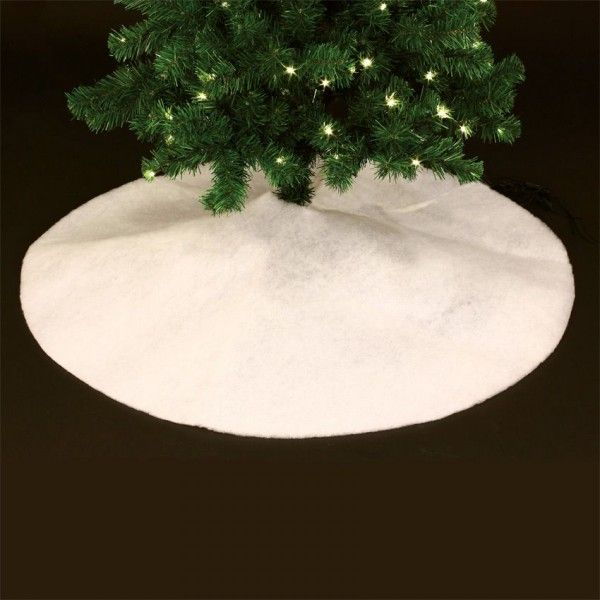 tapis de sapin rond blanc sapin et arbre artificiel eminza. Black Bedroom Furniture Sets. Home Design Ideas
