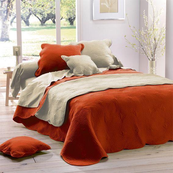 couvre lit matelass boutis brique linge de lit eminza. Black Bedroom Furniture Sets. Home Design Ideas