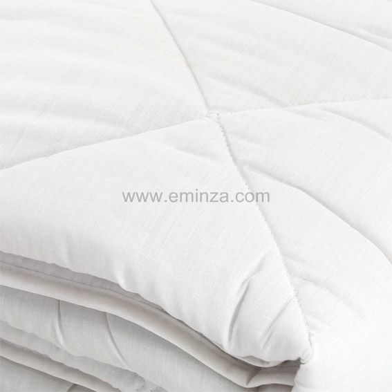 couette 240 cm anti acarien blanc couette eminza. Black Bedroom Furniture Sets. Home Design Ideas