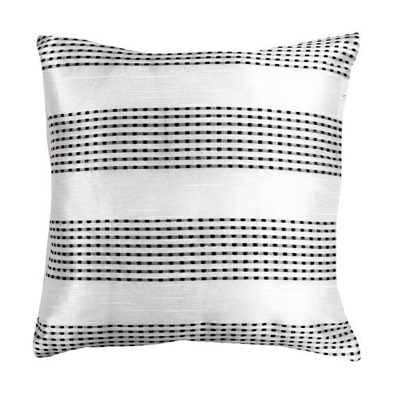 coussin d houssable shankha blanc eminza. Black Bedroom Furniture Sets. Home Design Ideas