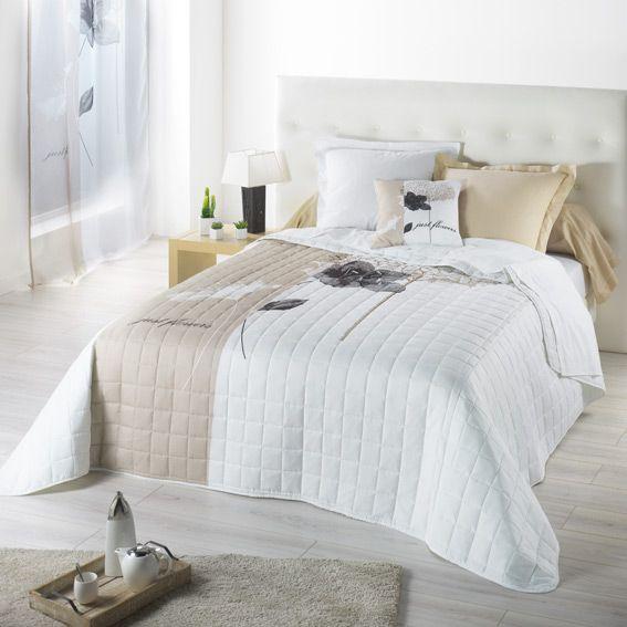couvre lit 240 x 220 cm matelass just flowers beige. Black Bedroom Furniture Sets. Home Design Ideas
