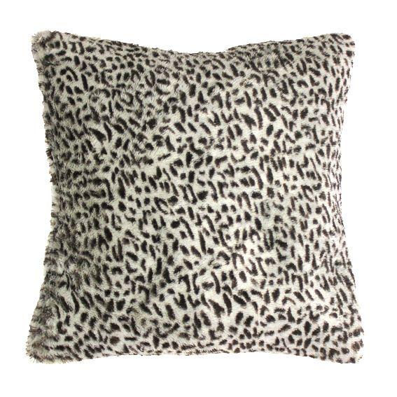 housse de coussin imitation fourrure baguera d co textile eminza. Black Bedroom Furniture Sets. Home Design Ideas