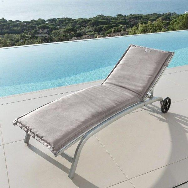 coussin bain de soleil river taupe textile d 39 ext rieur eminza. Black Bedroom Furniture Sets. Home Design Ideas