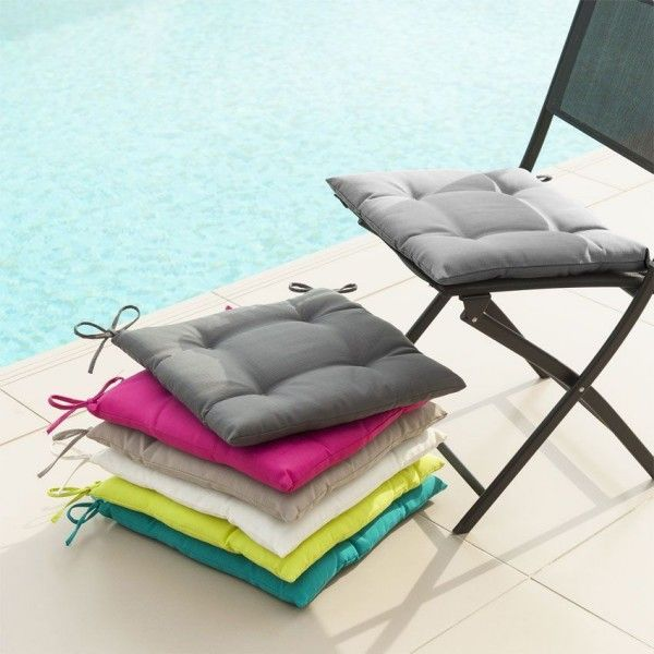 coussin de chaise matelass river gris cendr coussin et matelas pour mobilier eminza. Black Bedroom Furniture Sets. Home Design Ideas