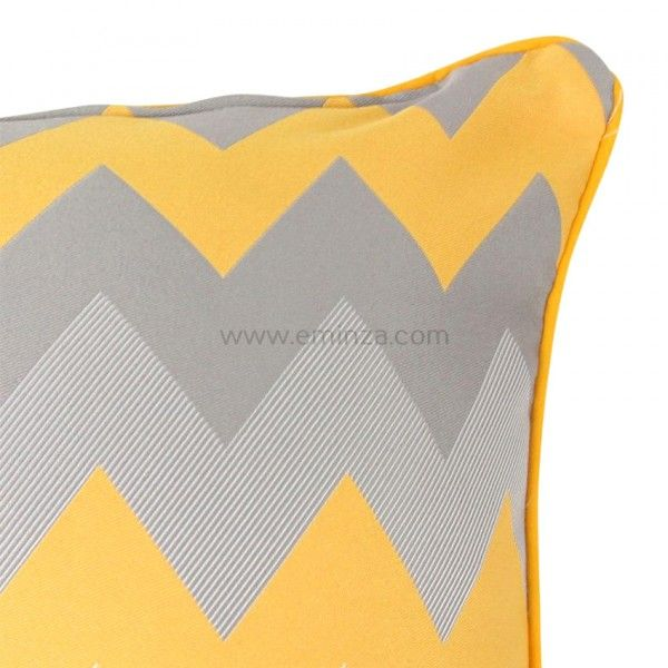 housse de coussin rosalie jaune coussin et housse de coussin eminza. Black Bedroom Furniture Sets. Home Design Ideas