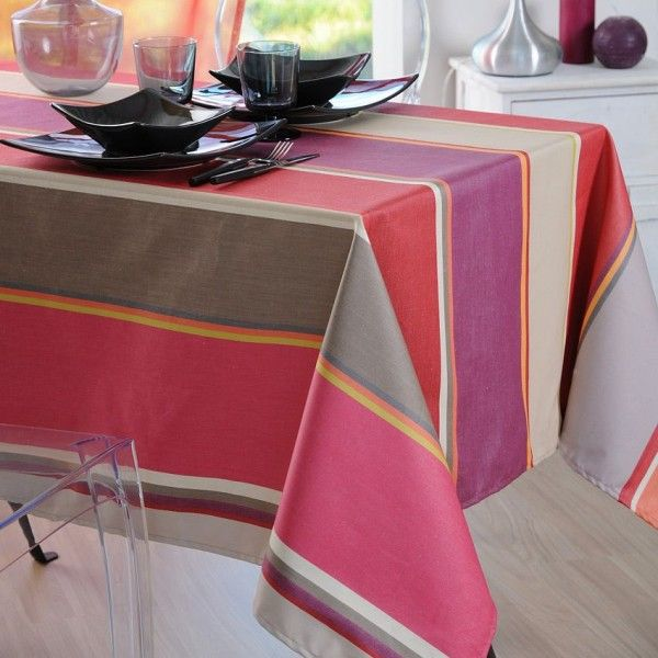 nappe rectangulaire l300 cm tiss e telde rouge nappe de table eminza. Black Bedroom Furniture Sets. Home Design Ideas