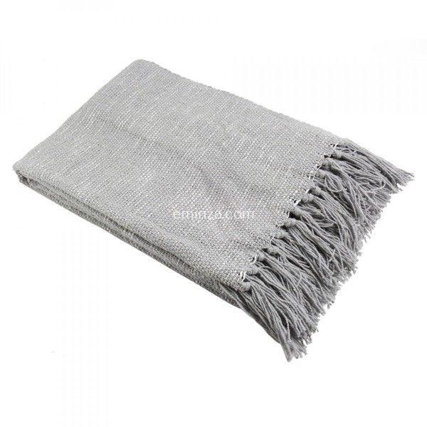 jetés de canapés gris clair