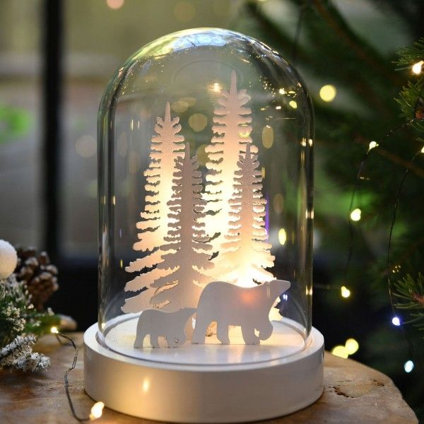 cloche en verre ours illumin e d co de no l pour la. Black Bedroom Furniture Sets. Home Design Ideas