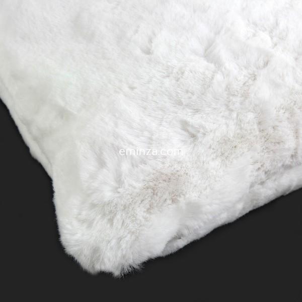 coussin 45 cm imitation fourrure yety blanc d co textile eminza. Black Bedroom Furniture Sets. Home Design Ideas