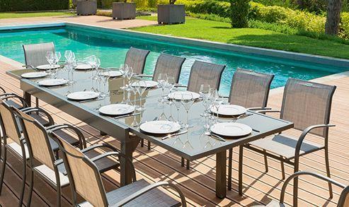 Partagez un bon repas sur la terrasse !