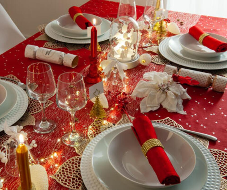 table de noel rouge et or