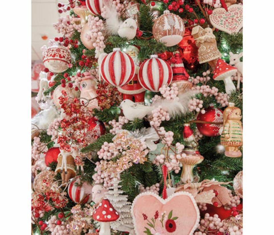 decoración árbol de navidad rojo